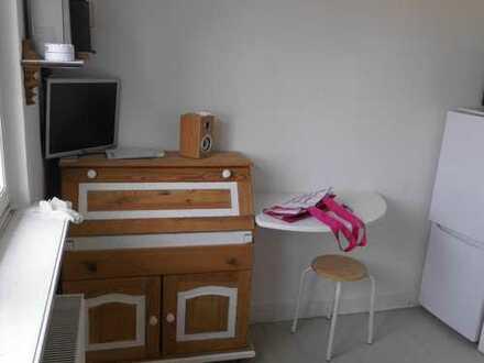 Vollmöblierte/ausgestattete Mansarden-Zimmer - Monteur-Zimmer