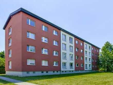 3-Raumwohnung mit Balkon und Dusche im Grünen