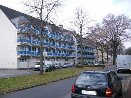 Appartement mit Balkon und Stellplatz, Bj. 94, vermietet