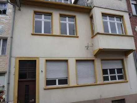 Erstbezug nach Sanierung: attraktive 3-ZKB-Wohnung mit Terrasse und kleinem Garten in Idar-Oberstein