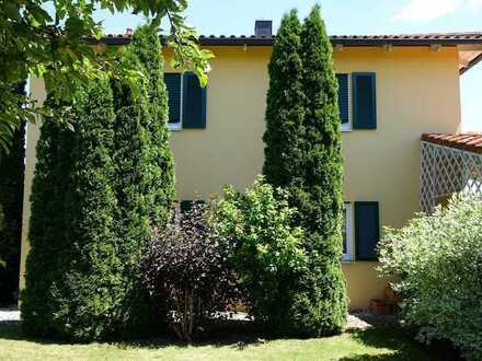 Ein-/Zweifamilienhaus in Pfatter