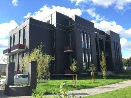 Luxuriöse Büroräume mit großen Terrassen