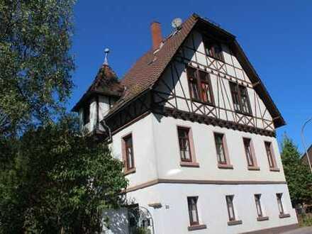 Geräumiges Wohnhaus mit Denkmalschutz