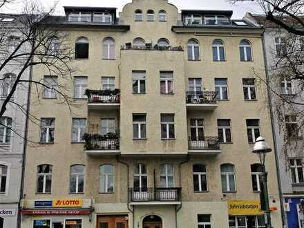 Bezugsfreie 2-Zimmer-Altbauwohnung, mitten im Charlottenburger Kiez