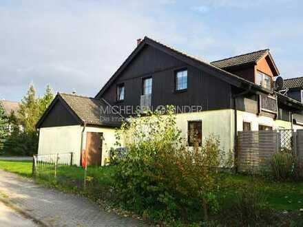 Großzügige Doppelhaushälfte mit Garten am grünen Ortsrand von Damsdorf: GEMÜTLICH. PRAKTISCH. RUHIG.