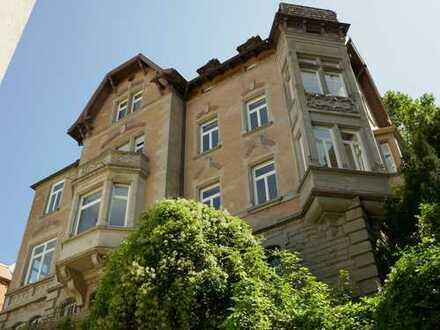 Dachgeschosstraum in S-Mitte mit 5 Zimmern - Neubaustandard