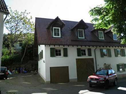 Gemütliche Maisonette im Landhausstil - Interessanter Schnitt – PKW Stellplatz
