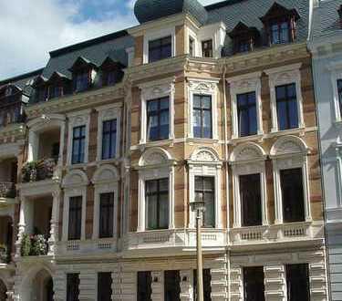 5-Raumwohnung in einer der schönsten Straßen von Görlitz mit 2 Balkonen