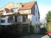 Niedernhausen; helle Drei-Zimmer-Maisonette-Wohnung mit Balkon