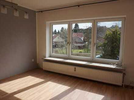 **Helle und geräumige 4-Zimmerwohnung in Rhumspringe mit kleiner Terrasse**