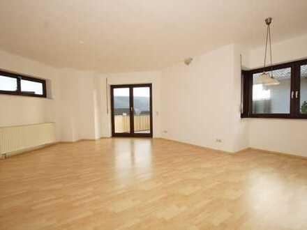 Außergewöhnlich schöne Eigentumswohnung, 80qm WFL,Südhang,Balkon,Vollbadezimmer,GN Haitz