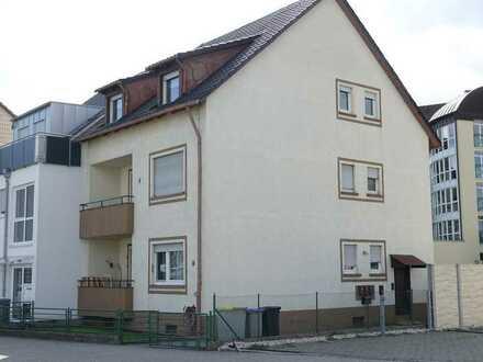 MA-Sandhofen: 2,5 Zi./57m² Eigentumswohnung 1. OG mit Balkon in 3-Parteien-Doppelhaushälfte