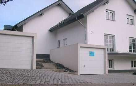 Modernes Niedrigernergiehaus A +,Lichtdurchflutet in ruhiger Ortsrandlage