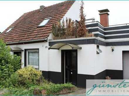 Hamm, Bockum-Hövel: Renovierungsbedürftiges, freistehendes Einfamilienhaus mit Garage