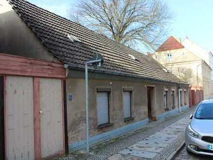 Altes Wohnhaus in der Nähe vom Stadtzentrum