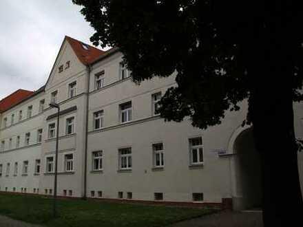 Sonnige 4 Zimmer Wohnung mit tollem Balkon