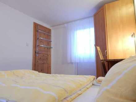 Die etwas andere Pension: Served Balkon-Apartment ab 01.11. frei