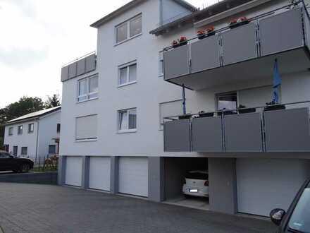 Neuwertige Wohnung mit vier Zimmern und Balkon in Süßen