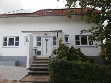 Schönes Haus mit sieben Zimmern in Karlsruhe (Kreis), Walzbachtal
