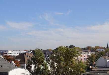 Stadtwohnung über den Dächern von Ohligs - modern - Aufzug
