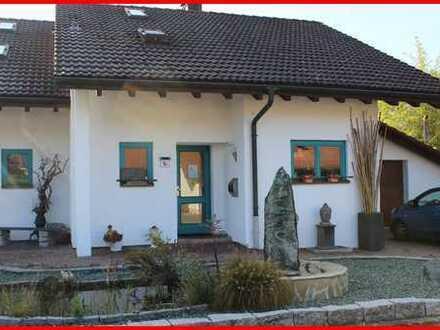 Einfamilienhaus/Doppelhaushälfte der besonderen Art in Hohentengen
