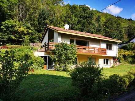 Freistehendes Einfamilienhaus in attraktiver Lage im Dreisamtal I Bezug sofort möglich!