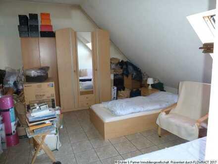 Singles aufgepasst - 1,5 Zimmer Dachgeschosswohnung in Schönaich