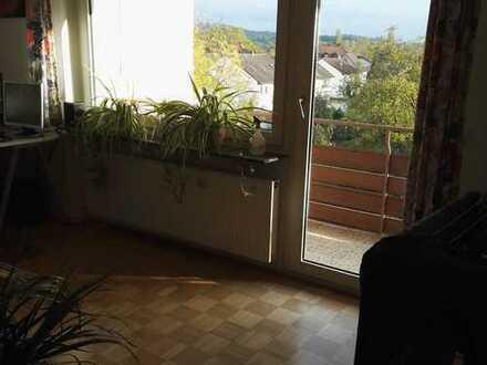 Gepflegte 2-Zimmer-Wohnung mit Balkon in Aschaffenburg - Leider