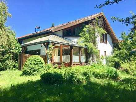 Gepflegte 4-Zimmer-Doppelhaushälfte mit Einbauküche in Isny im Allgäu, Isny im Allgäu