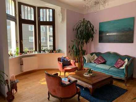 Wunderschöne 3,5-Zimmer-Altbauwohnung mit Balkon und Einbauküche im Herzen von Neu-Ehrenfeld