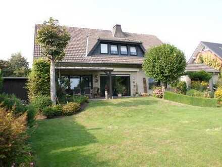 Gepflegtes Einfamilienhaus mit Einliegerwohnung in Delbrück-Anreppen