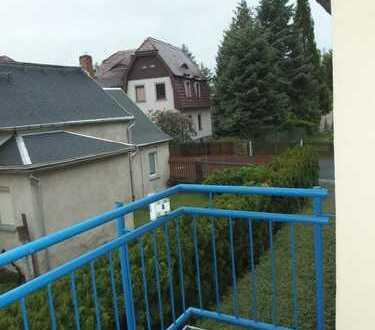 toll geschnittene und schöne 2-Raumwohnung mit Balkon und Stellplatz