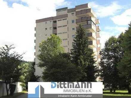 4-Zimmer-Wohnung mit zwei Balkonen und barrierefreiem Zugang in Ebingen