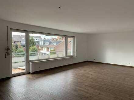 3-Zimmer-Wohnung mit Balkon in Düsseldorf-Unterbach