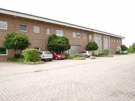 Direkt an der A4 bei Eisenach: Große Halle mit Freifläche/Stellplätzen