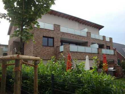 Pulheim Ebenerdige Erdgeschoss 3 Zimmer-Wohnung 132qm kleiner Garten Terasse in einem 2-Familienhaus