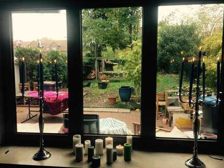 WG Zimmer Bottrop (nähe UNI FH) in grossem Haus mit Kamin, Garten, Terasse ideal für Hunde