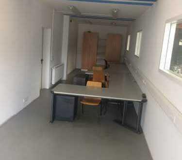 Büro mit Tischausstattung (ca. 37 qm)