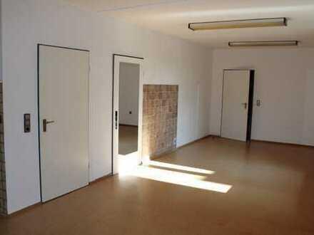 Praxis, Büroräume zentral auf dem Lande nähe Wittmund