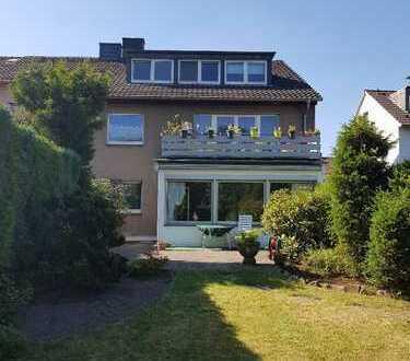 Eigennutz- und Kapitalanlage in einem, gepflegtes 3 Familienhaus mit Garten in Duisburg-Buchholz