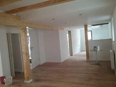 Fachwerkhaus mit 4Zi/Wohn-Ess-Küche/2Bäder in Schwegenheim