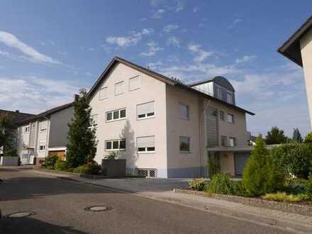 Traumhaft und ruhig Wohnen in moderner 5-ZW auf 2 Ebenen, Ettlingen-Neuwiesenreben