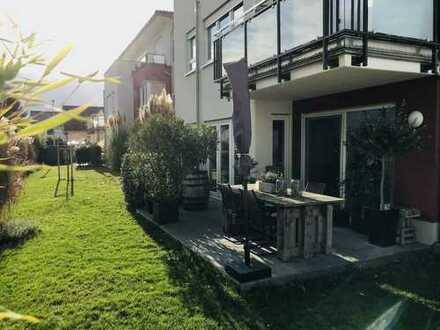 Stilvolle, neuwertige 3-Zimmer-Erdgeschosswohnung mit Terrasse und Einbauküche in Lambsheim