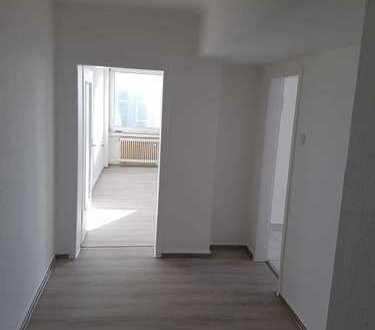 Zentrumnahe Wohnung 3 Zimmer KDB frisch renoviert, WG geeignet