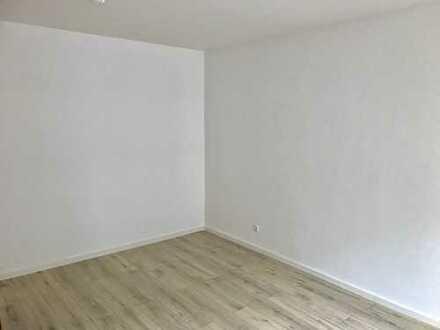 Schöne, helle, 1 Zimmer Wohnung - ideal für Pendler und Studenten