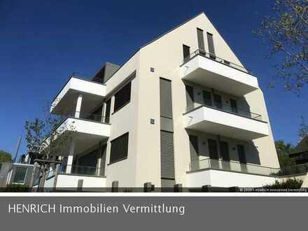 Exklusive Penthaus-Maisonette mit Terrasse, 2 Balkonen, Aufzug, TG-Stellplatz und Fernblick