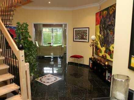 LINDEN IMMOBILIEN - helle und sofort verfügbare Eigentumswohnung mit Fußbodenheizung