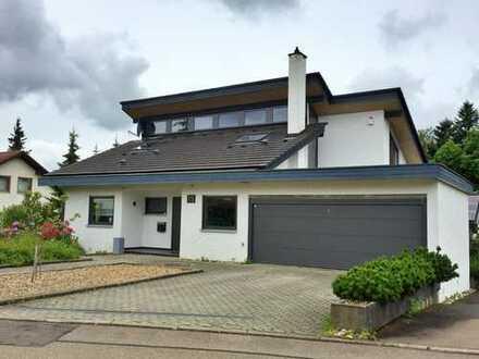 Wunderschönes Architektenhaus mit Einliegerwohnung und Doppelgarage