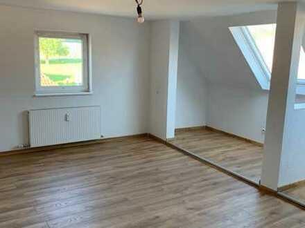 Neuwertige Wohnung mit 3 Zimmern und Einbauküche in Heidenheim