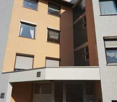 Stilvolle, 3-Zimmer-Penthouse-Wohnung mit 50qm Terrasse in Augsburg